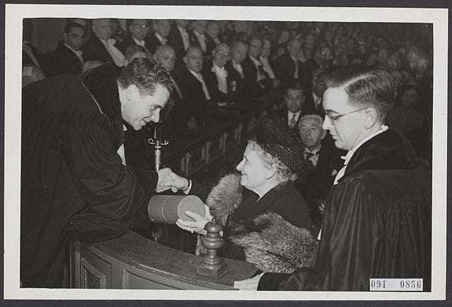 Honorary doctorate for Maria Montessori from the Municipal University of Amsterdam.