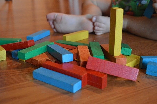 Children learning with the Montessori method.